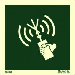 Señal IMO RADIO PORTÁTIL PARA EMBARCACIÓN DE SUPERVIVENCIA SIN TEXTO (15x15cm) vinilo fotoluminiscente 104063 / LSS016